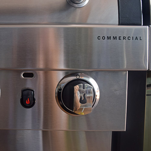 #NowYoureCookin Char-Broil TRU Infrared Commercial Grill Surefire technology makes sure your grill is ready to go when you are.