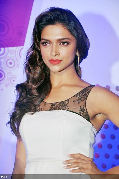 Top 10 Most Beautiful Bollywood Actresses 2015 Deepika Padukone
