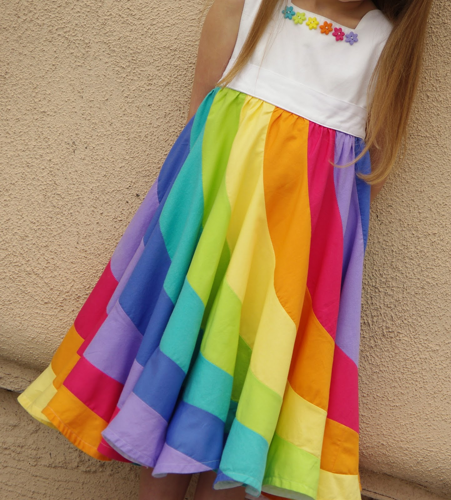 Rainy Birthday Outfit: Ahhh...Quilting: The Rainbow Dress