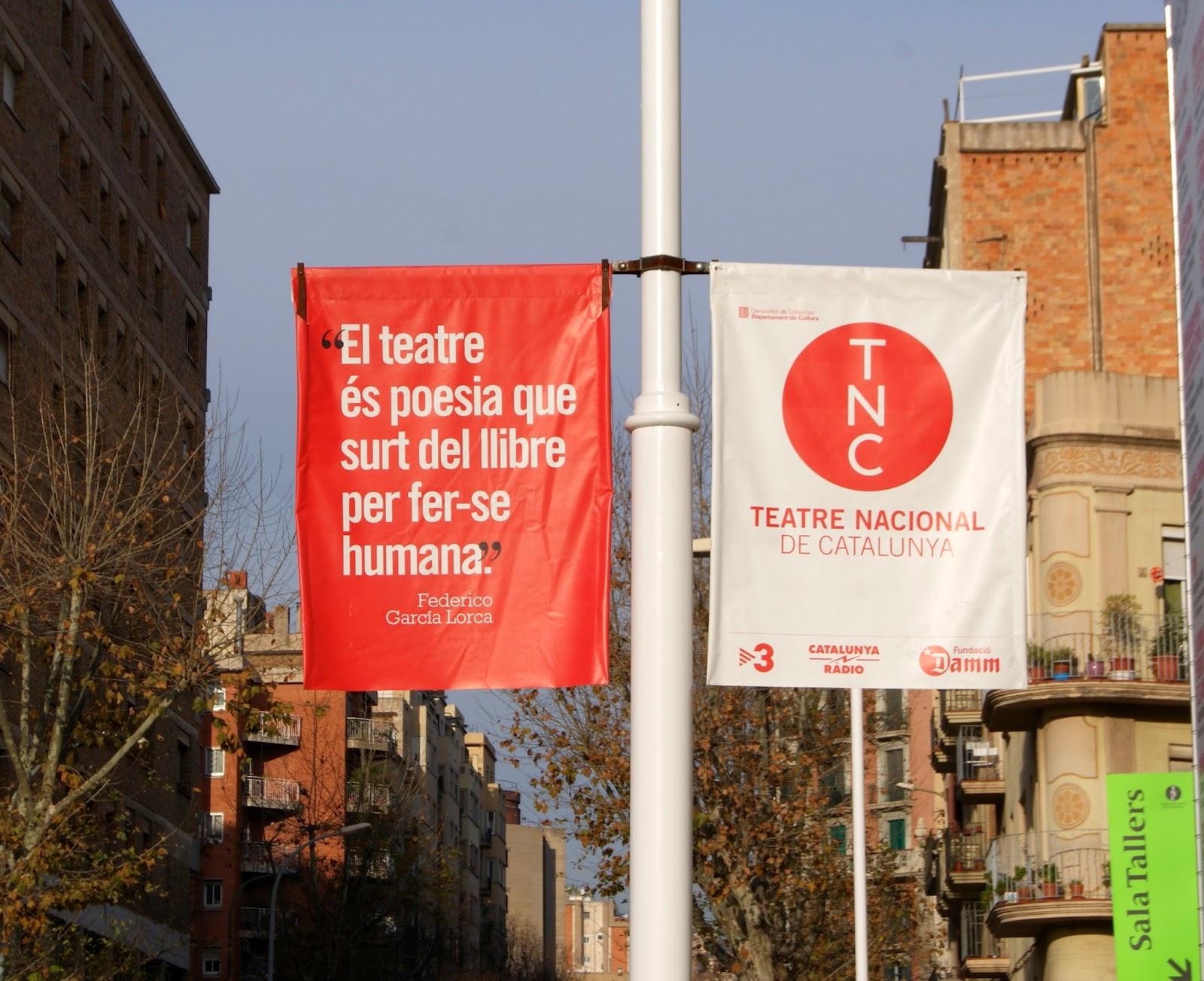 El teatre és poesia que surt del llibre per fer-se humana / Federico Garcia Lorca - TNC : Teatre Nacional de Catalunya (Barcelona) per Teresa Grau Ros