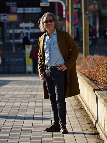 イタリアン コートのメンズ ファッション