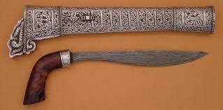 Senjata-Tradisional-Badik-kawali-Luwu