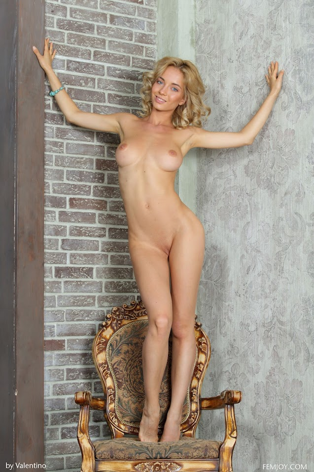 [FemJoy] Annabell - Let Me Be Your Queen