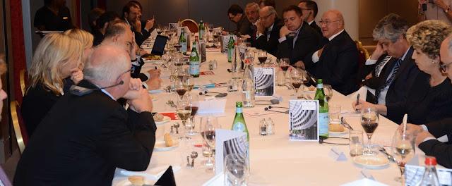 Γ. Μανιάτης σε Σοσιαλιστές Υπ.Οικ (ECOFIN): Χρέος, Πλεονάσματα, Επενδύσεις για λύσεις στην Ελληνική κρίση