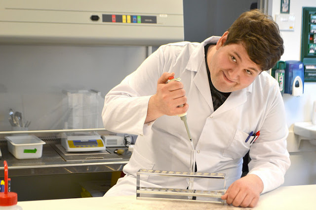 Makalah PPT Mengenai Bioteknologi Konvensional
