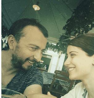 النجمة التركية هازال كايا برسالة رومانسية لزوجها بذكرى زواجهما الثاني-بالصورة