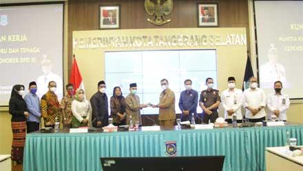 Pansus Guru Honorer DPD RI kunjungi Pemkot Tangerang Selatan