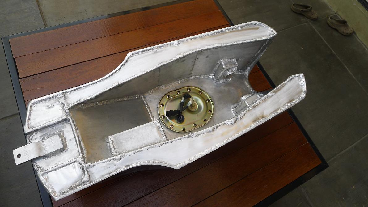 Triumph Bonneville Efi Tank And Seat Bcr Blog