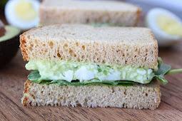★★★★★     Avocado Egg Salad