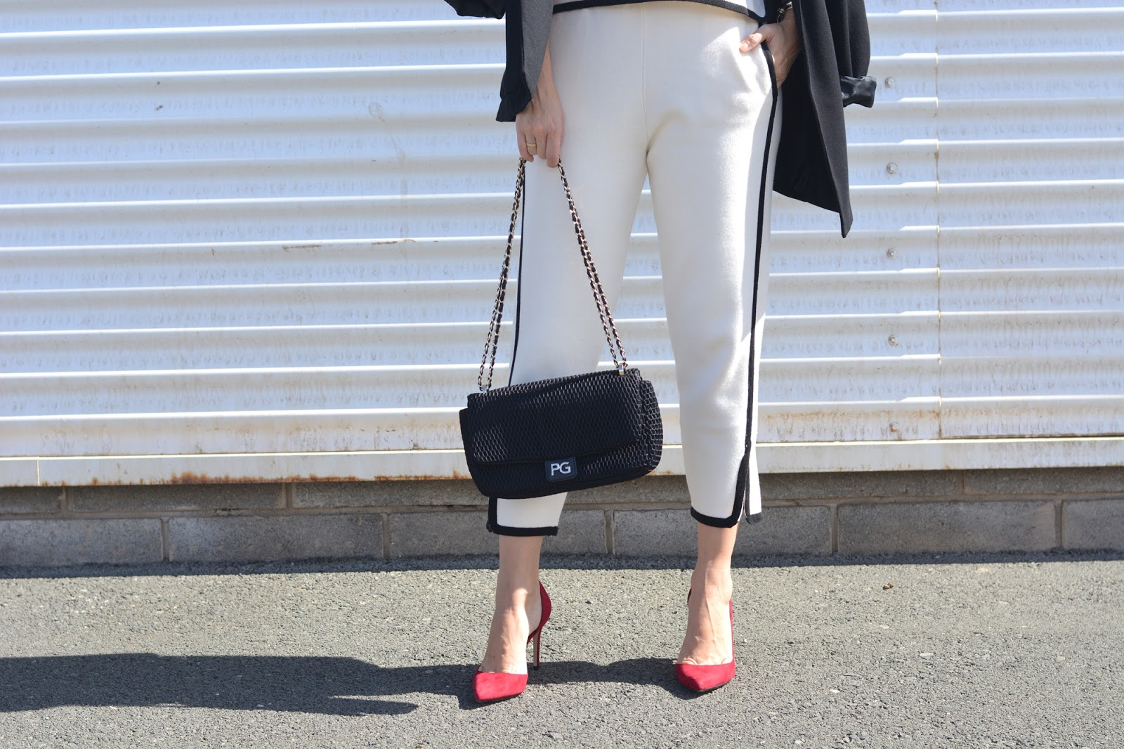 black-white-zara-outfit-personal-shopper