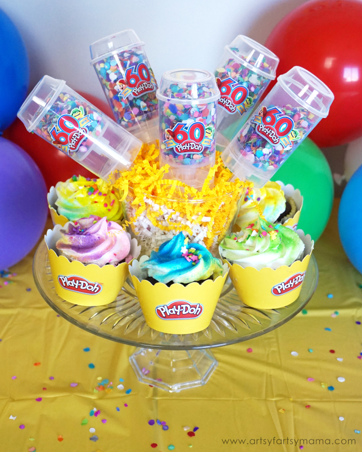 Play-Doh Birthday Party Ideas at artsyfartsymama.com #WorldPlayDohDay
