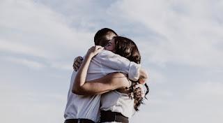 Η μεγαλύτερη επιτυχία στη ζωή… Nα βρούμε έναν άνθρωπο που θα αγαπήσουμε και θα μας αγαπήσει