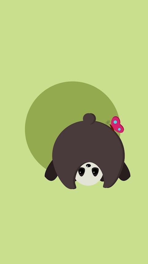 Gấu Trúc Và Bướm Tinh Nghịch