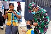 Kewajiban Menggunakan Masker Disosialisasikan Sampai Pelosok Desa Oleh TNI