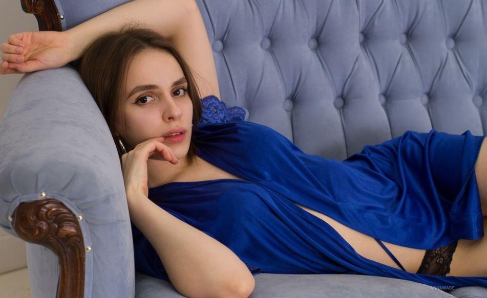 AnnaWade Model GlamourCams