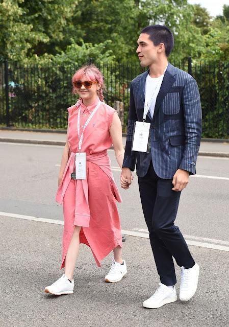 Maisie-Williams-2019-Wimbledon-Tennis-ChampionshipsMaisie-Williams-2019-Wimbledon-Tennis-Championships