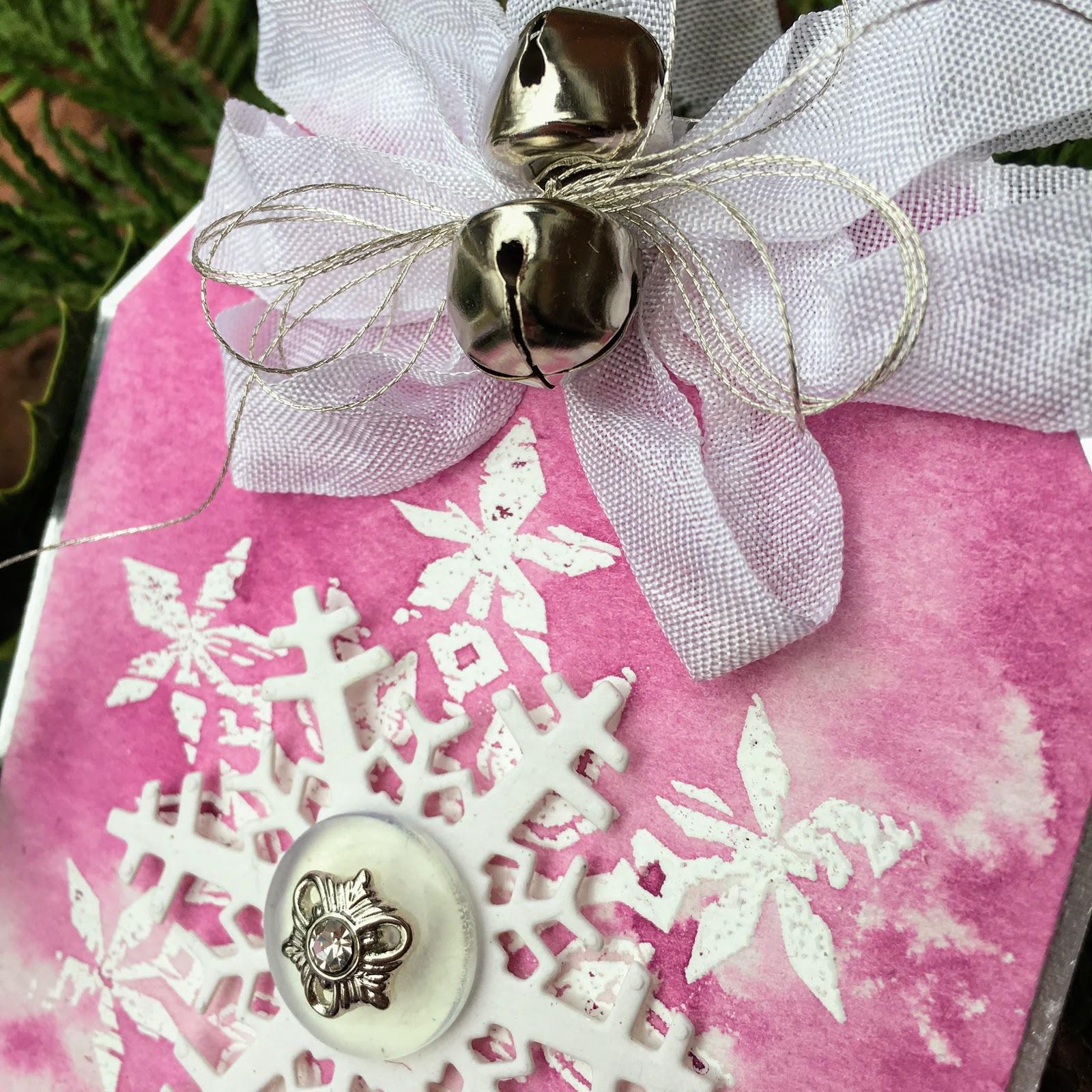 SewPaperPaint: Tim Holtz Purple Snowflake Nordic Christmas Tag