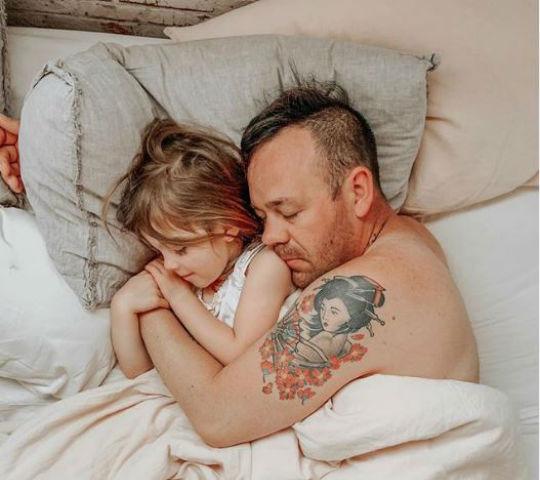 La relación que tiene tu hija con su papá determinará su vida amorosa