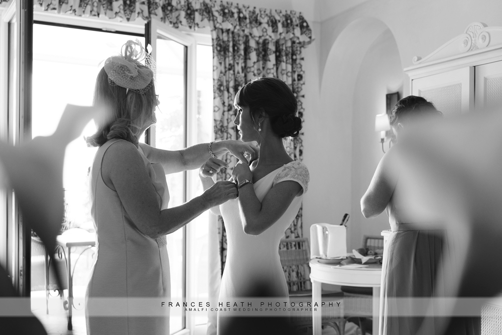 Bride getting ready in Ravello