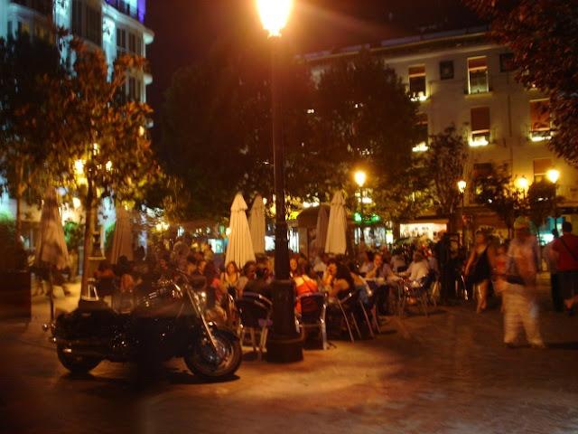 Barrio de las letras de Madrid por la Noche. Fotos