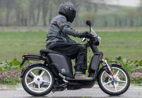 Scooter eS3 di Askoll EVA