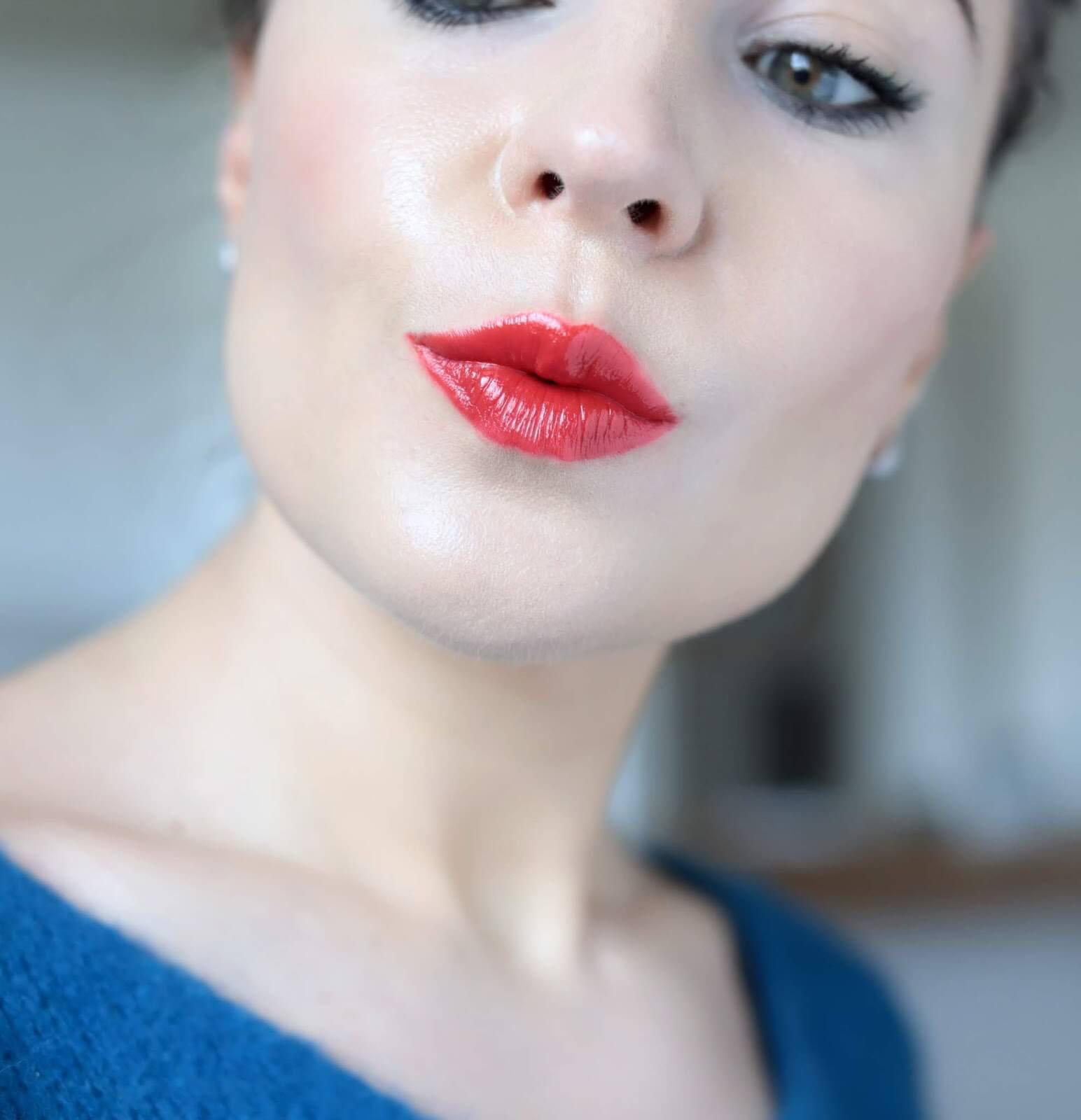 Kosas Weightless Lip Color Thrillest swatch