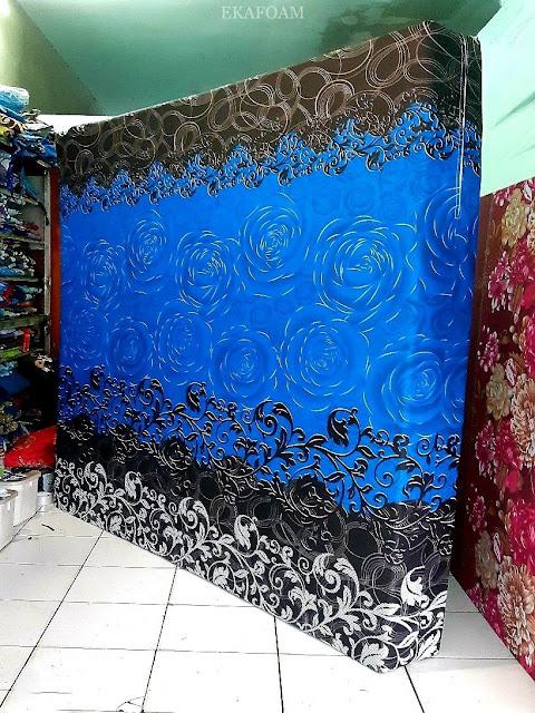 Kasur inoac motif bunga rose blue