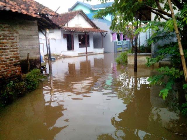 Foto Banjir Proyonanggan Batang