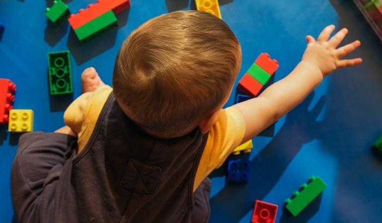 Taxas mais altas de autismo encontradas em áreas onde as taxas de vacinação são mais altas