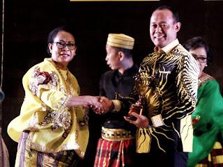 Bupati Tebo Terima Penghargaan KLA 2019 dari Menteri PPPA RI