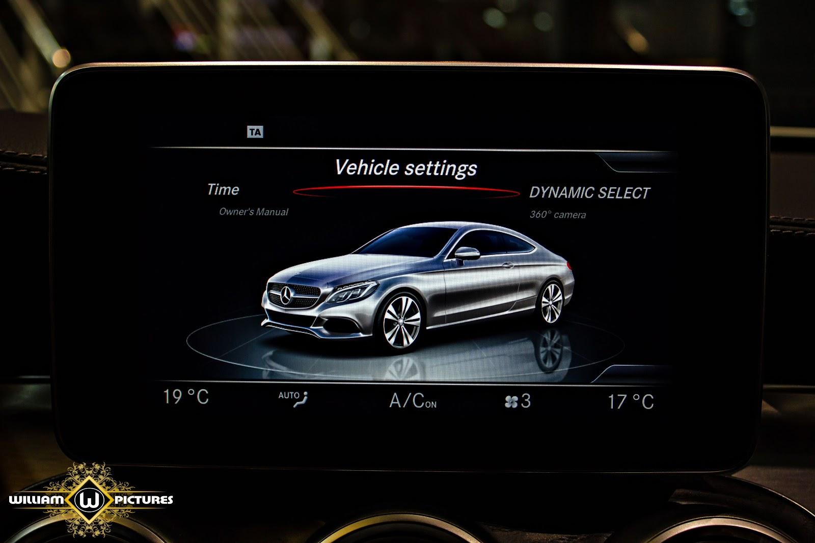 Xe được trang bị màn hình hiển thị cỡ lớn, hiển thị đa thông tin và giải trí đỉnh cao