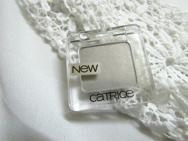 Catrice Absolute Eye Color Eyeshadow Review Price Swatches, international makeup brands in india, catrice india, best silver eyeshadow, best eyeshadow singles, delhi beauty blogger, indian beauty blogger, makeup, beauty , fashion,beauty and fashion,beauty blog, fashion blog , indian beauty blog,indian fashion blog, beauty and fashion blog, indian beauty and fashion blog, indian bloggers, indian beauty bloggers, indian fashion bloggers,indian bloggers online, top 10 indian bloggers, top indian bloggers,top 10 fashion bloggers, indian bloggers on blogspot,home remedies, how to