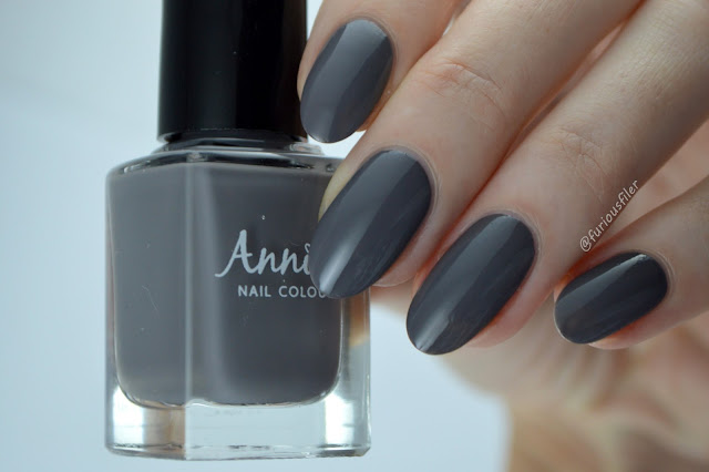Annika Edge Nails grey creme gel effect swatch