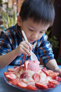 10 Tips Mengatasi Pola Makan Pada Anak