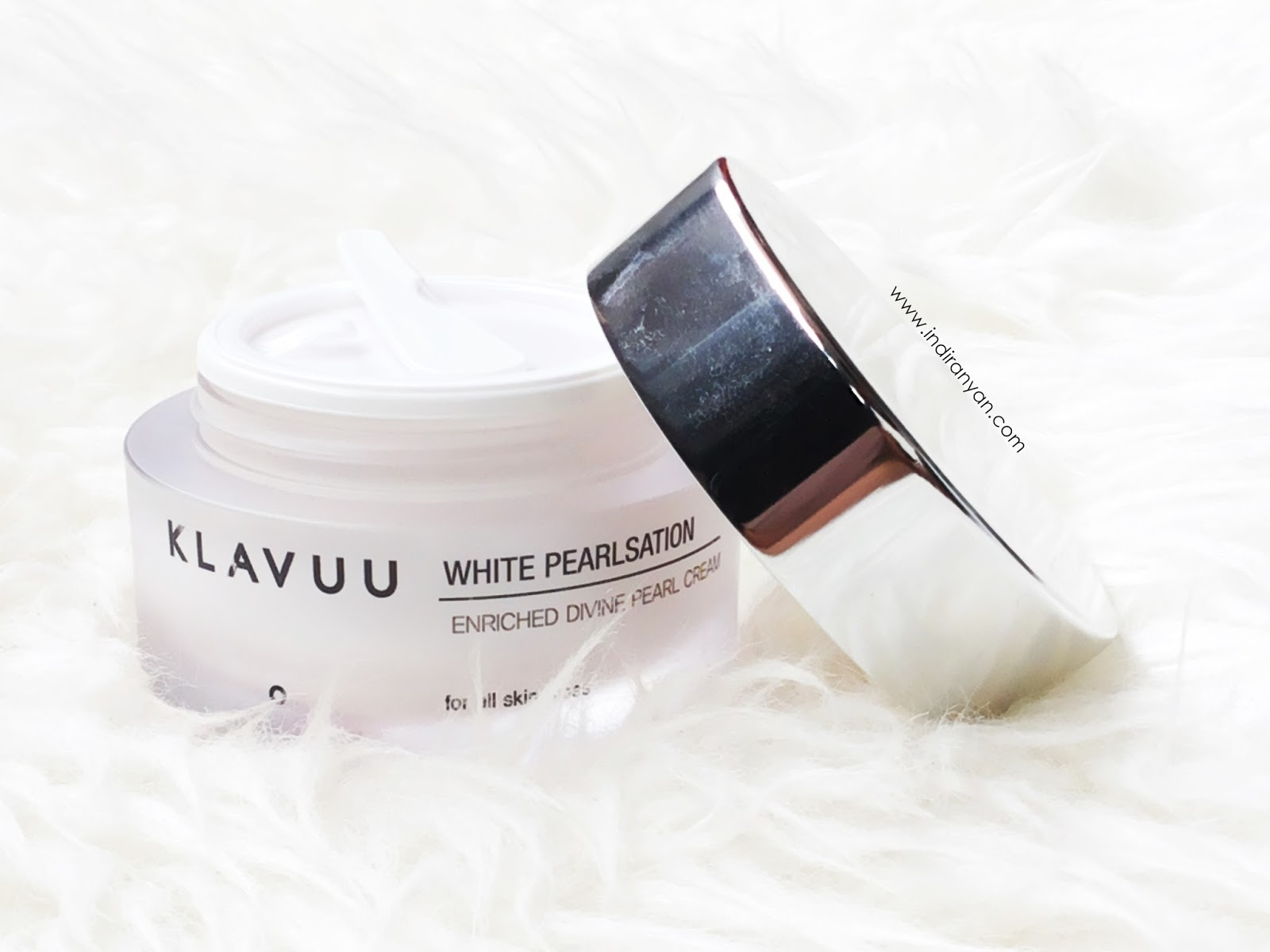 klavuu-white-pearlsation-enriched-divine-pearl-cream-review