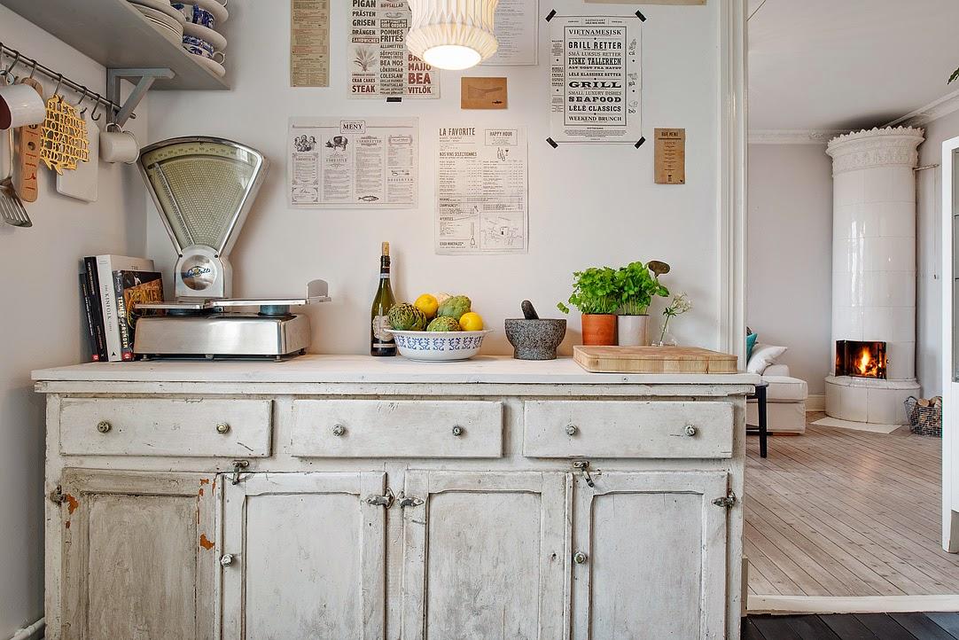 decoraci n f cil muebles y objetos antiguos mezclados con estilo n rdico. Black Bedroom Furniture Sets. Home Design Ideas
