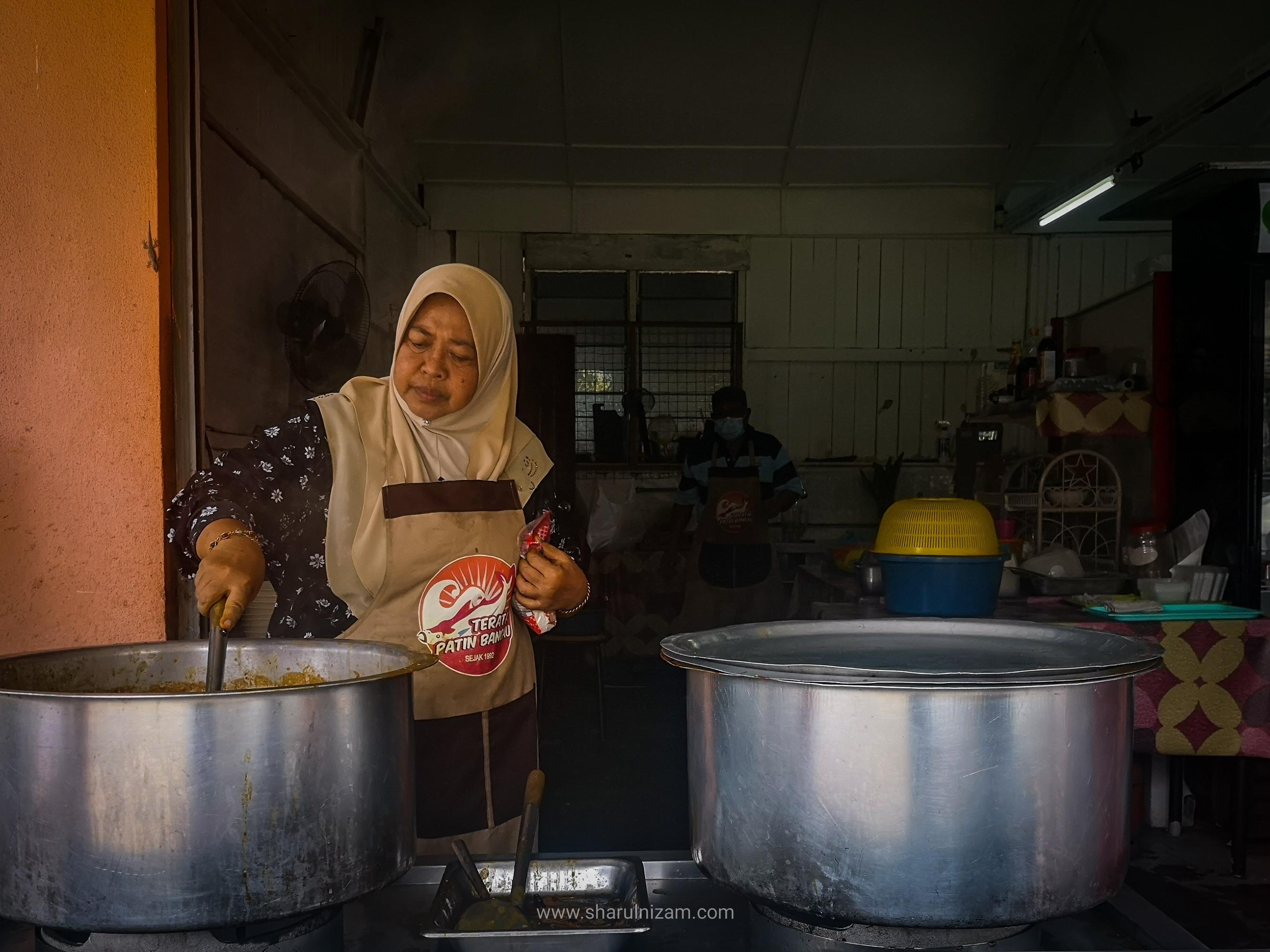 Makan Tengah Hari Di Teratak Patin Bangau, Temerloh