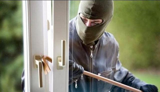 8 Cara Mencegah Maling Masuk saat Rumah Ditinggal Pergi