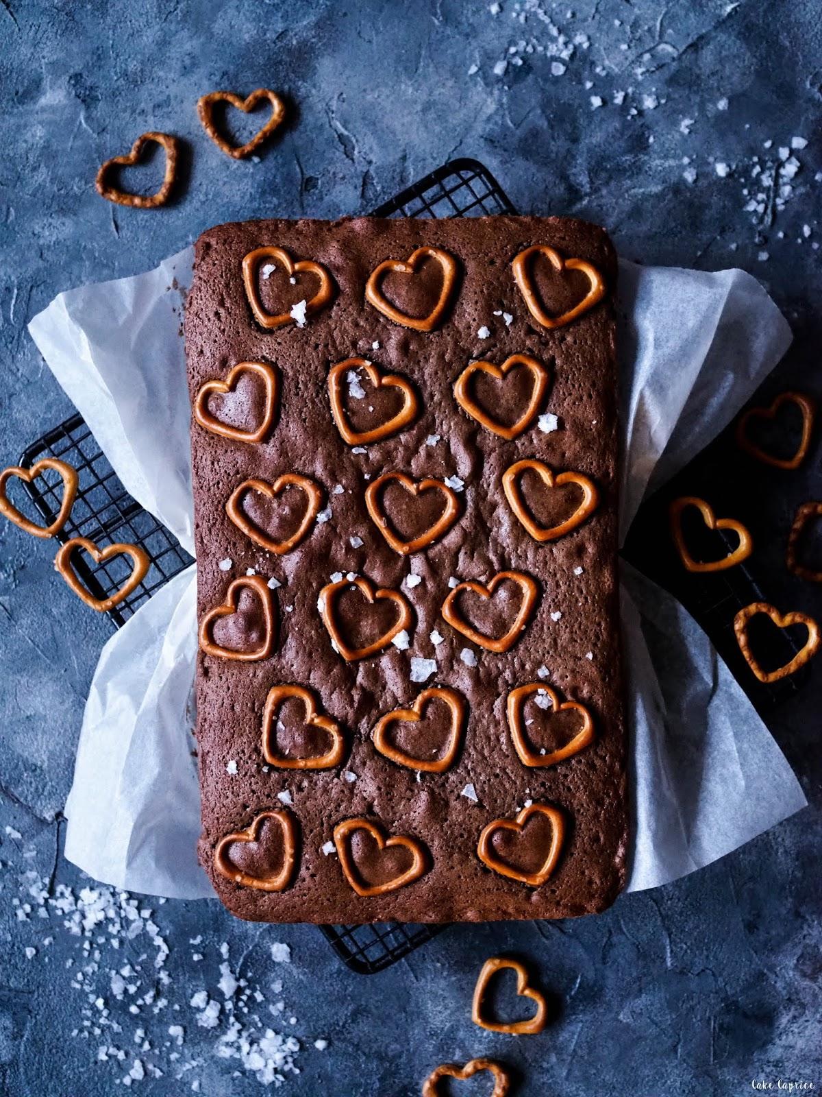 Ciasto czekoladowe z precelkami