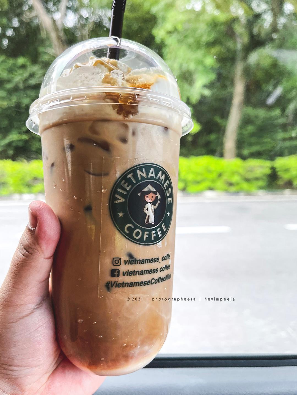 Iced Latte Vietnamese Coffee Padu Baq Hang