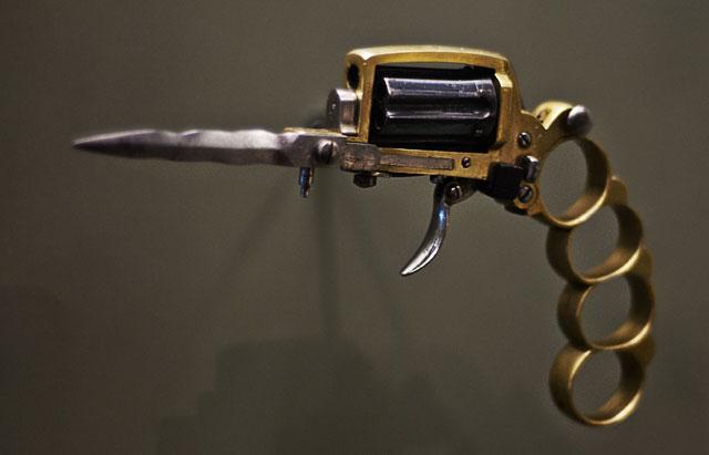 Revolver Apache