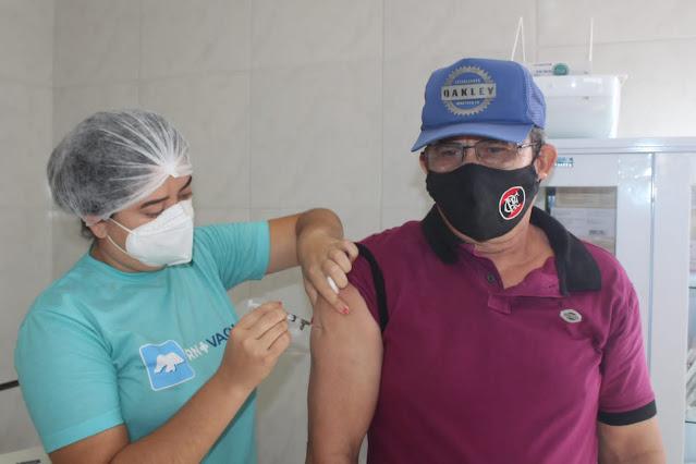 Secretaria de Saúde realiza neste sábado o Dia D vacinação contra Covid-19 em Caraúbas