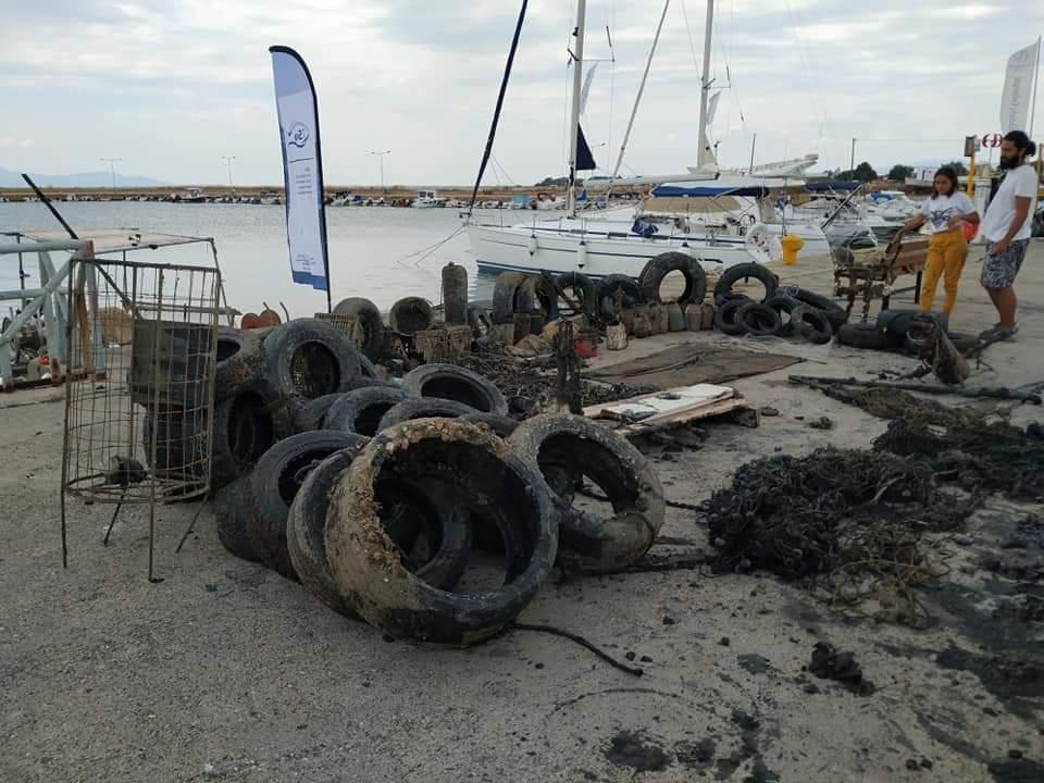 Ξάνθη: Εθελοντές δύτες καθάρισαν το λιμάνι Αβδήρων - ΦΩΤΟ