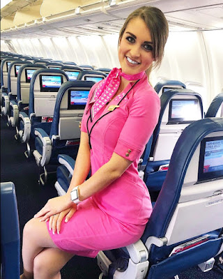 Flight Attendance Cabin Crew Pramugari cewek manis dan seksi imut