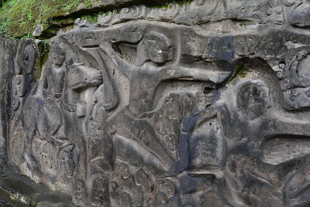 sculptures Yeh Pulu