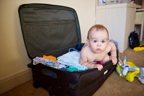 Membawa Bayi dalam Sebuah Perjalanan