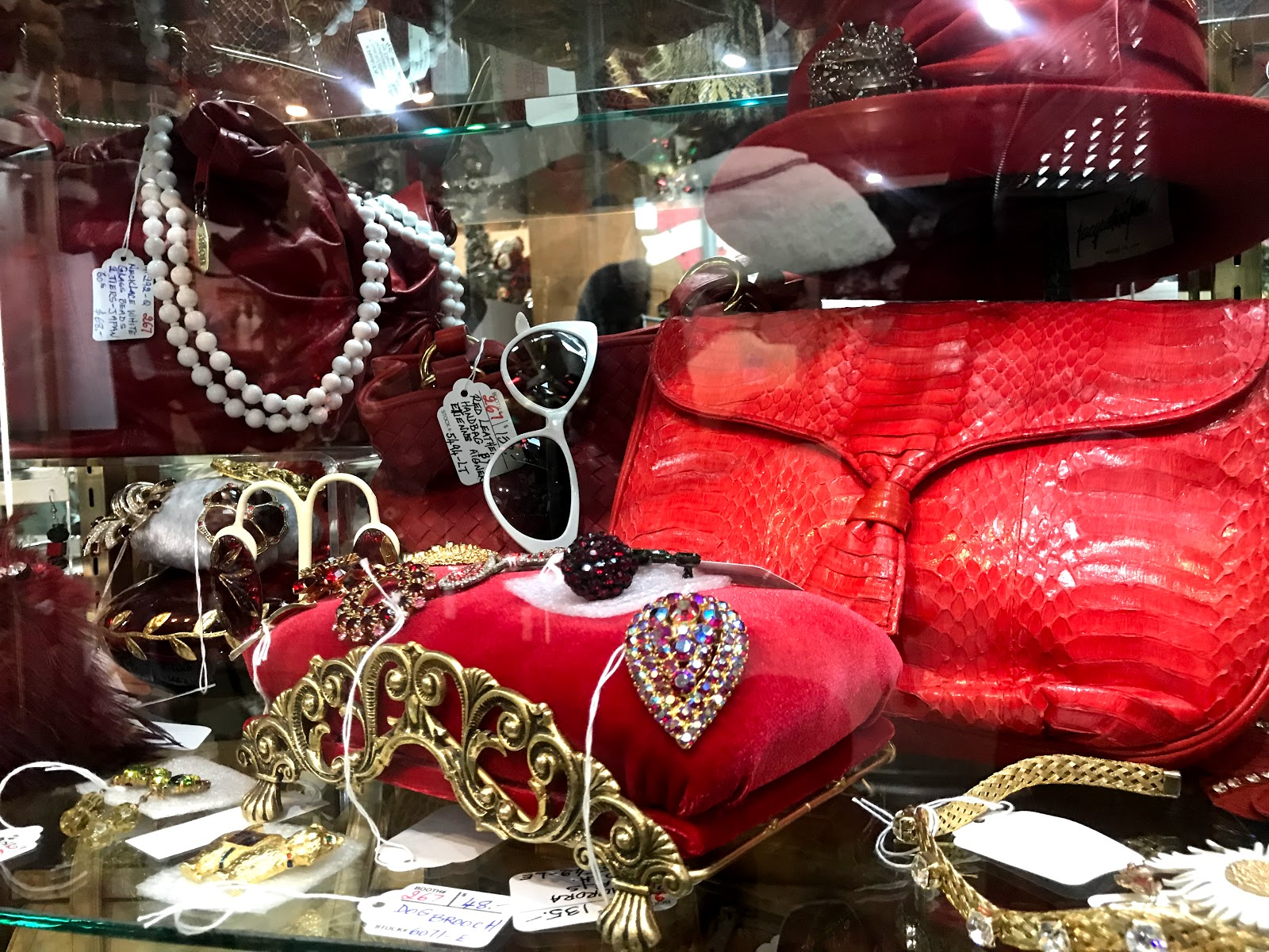 handbags and jewelry at the thrift and secondhand shop