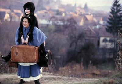 Elviras Haunted Hills 2001 Movie Image 10