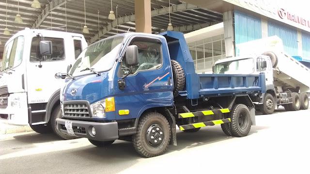 Xe Ben Hyundai HD65 hạ tải vào TP