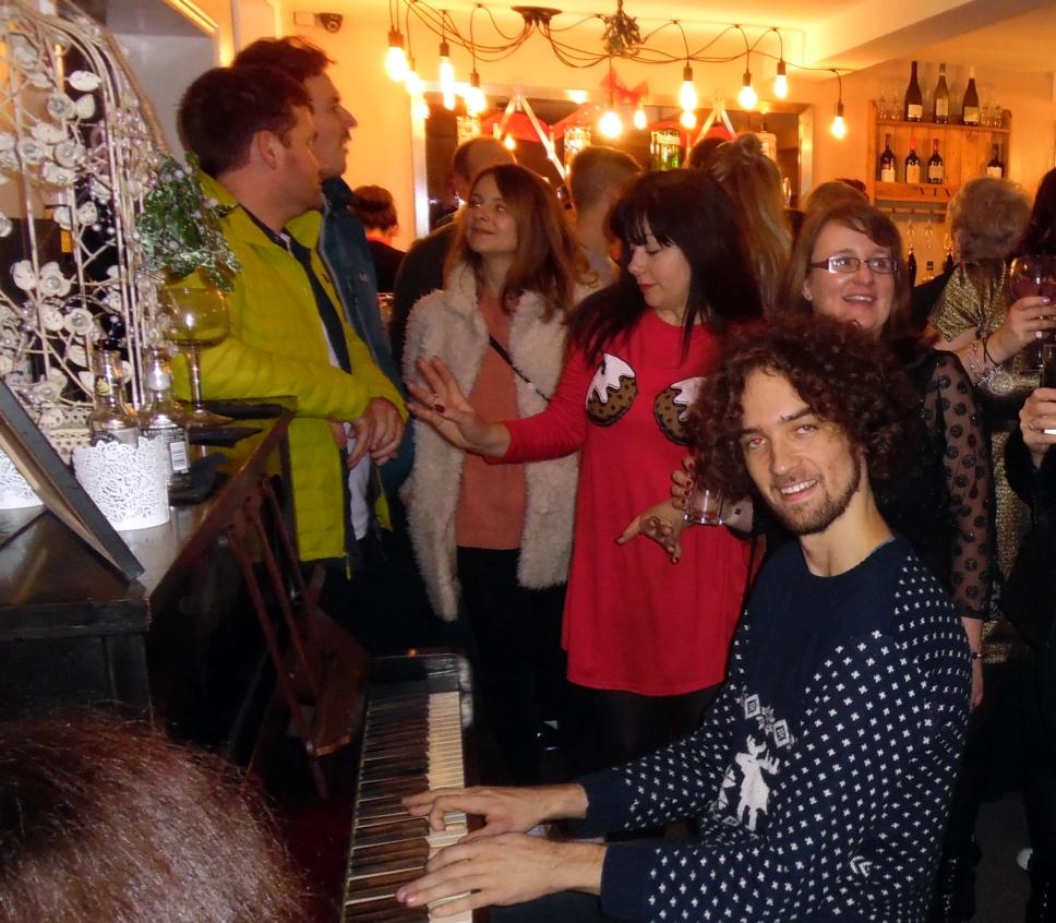 The Christmas Note.Nigel Fisher S Brigg Blog Brigg Bar Begins The Christmas